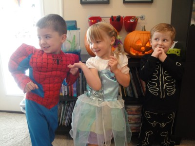 Halloween - Luke, Kaili & Elliot
